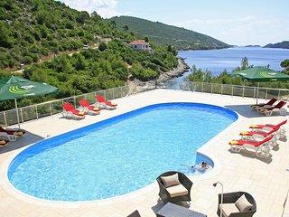 7 bedroom Villa in Potirna, Dubrovačko-Neretvanska Županija, Croatia : ref 55323