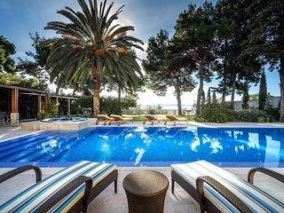 5 bedroom Villa in Split, Splitsko-Dalmatinska Županija, Croatia : ref 5532380