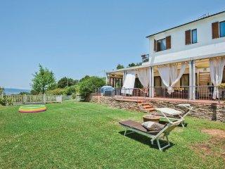 3 bedroom Villa in Zona 167 Scarlino, Tuscany, Italy : ref 5532322