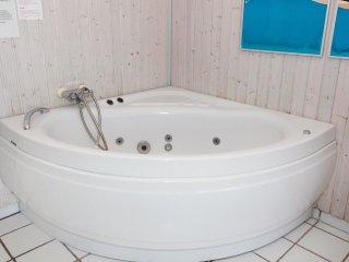 5 bedroom Villa in Drøsselbjerg, Zealand, Denmark : ref 5528368