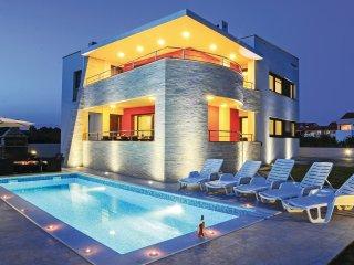 6 bedroom Villa in Zaton Obrovački, Zadarska Županija, Croatia : ref 5526864