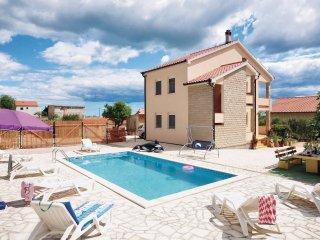 5 bedroom Villa in Stabanj, Zadarska Županija, Croatia : ref 5526845