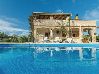 6 bedroom Villa in Policnik, Zadarska Zupanija, Croatia : ref 5526813