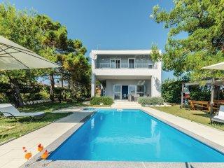 4 bedroom Villa in Glavan, Zadarska Zupanija, Croatia : ref 5526768