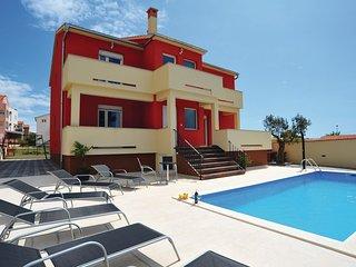 5 bedroom Villa in Pakoštane, Zadarska Županija, Croatia : ref 5526766
