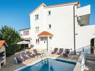 6 bedroom Villa in Razanj, Sibensko-Kninska Zupanija, Croatia : ref 5526683