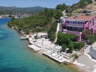 4 bedroom Apartment in Stupin Čeline, , Croatia : ref 5526705