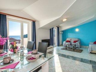 6 bedroom Villa in Ražanj, Šibensko-Kninska Županija, Croatia : ref 5526683
