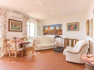 4 bedroom Villa in Mommio Castello, Tuscany, Italy : ref 5523663