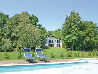 5 bedroom Villa in Olhette, Nouvelle-Aquitaine, France : ref 5521943