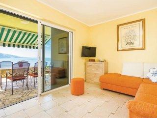 3 bedroom Villa in Peljica, Licko-Senjska Zupanija, Croatia : ref 5521683