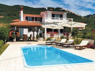 3 bedroom Villa in Banjol, Primorsko-Goranska Županija, Croatia : ref 5521587