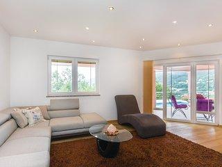 4 bedroom Villa in Marcici, Primorsko-Goranska Zupanija, Croatia : ref 5521450