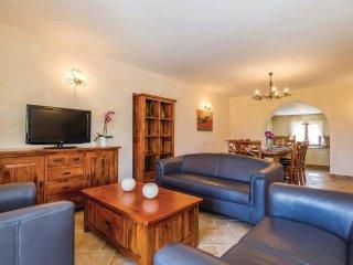 4 bedroom Villa in Vantacici, Primorsko-Goranska Zupanija, Croatia : ref 5521144