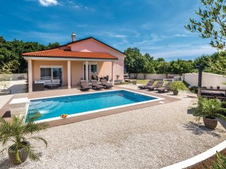 3 bedroom Villa in Šišan, Istria, Croatia : ref 5520748