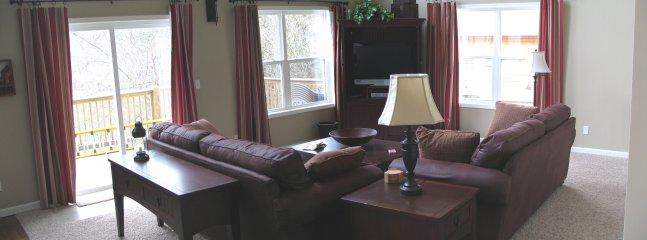 Main Floor, Family Room