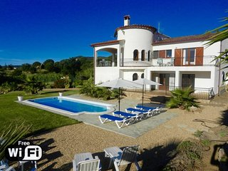 6 bedroom Villa in Sant Antoni de Calonge, Catalonia, Spain : ref 5250765