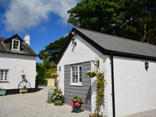 45084 Cottage in Bude