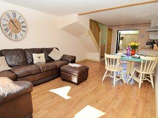 40772 Cottage in Lyme Regis