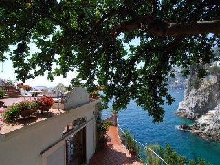7 bedroom Villa in San Michele di Serino, Campania, Italy : ref 5218114