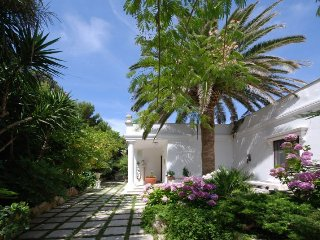 Mezzavia Villa Sleeps 8 with Pool Air Con and WiFi - 5218130