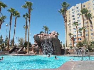 Resort Stay n Play