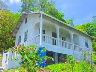 Alexander's Cottage - Bequia