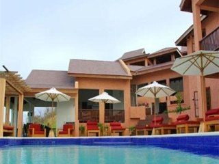 Poolhouse Villa