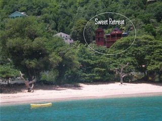 Sweet Retreat Hotel Apartment - Brown Room - Bequia