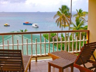 Friendship Bay Villas - Apt B - Bequia