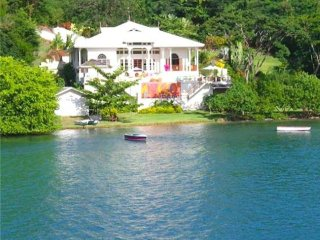 Waterfront Villa - Grenada
