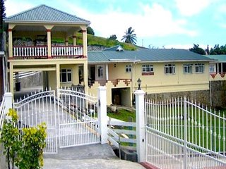 Island View House - St.Vincent