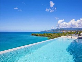 Private Luxury Beach Resort Villa - Grenada