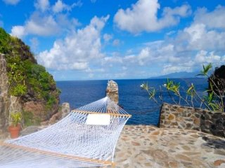 Moonhole Agnew Hall - Bequia