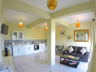 Caratal One Bed Apt - Bequia