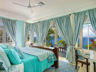 Gingerlily, Adams Bay - Bequia