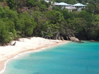 Sunset Cottage & Studio - Bequia