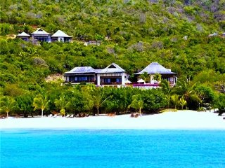 Big Blue Ocean - Luxury Beachfront Villa - Canouan - 5 Bedrooms Morpiceax Villa