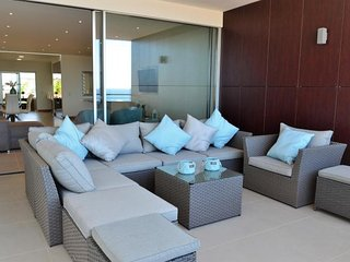 Porto de Mos Beach Condominium, Luxury apt with sea view (JM:4-1J)