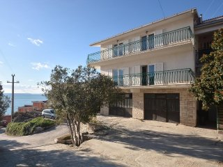 Two bedroom apartment Suhi Potok (Omis) (A-14555-a)
