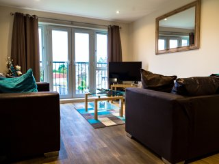 10 - Heathrow Living Serviced Apartments by Ferndale