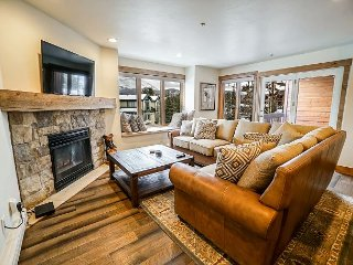 Tyra Chalet 232 Ski-in/Ski-out Condo Breckenridge Colorado