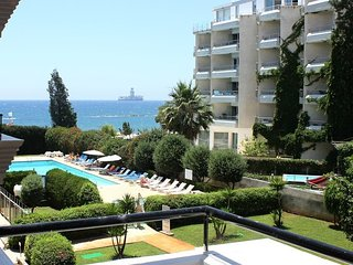 2b Delux Pool Seaview - Miramare beach