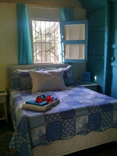 Private bedroom, queen bed, new mattress, private enterance into shared bathroom.