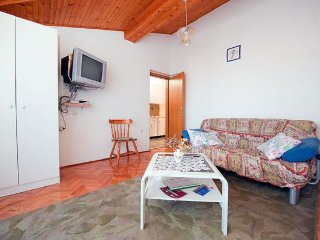 Two bedroom apartment Rovinj (A-14433-b)