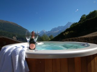 Unrivaled views of Mont Blanc, its glaciers and the entire Chamonix valley from our Jacuzzi.