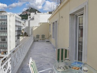 Executive penthouse near Syntagma Square