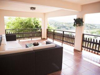 La Vista al Mar - Bay Balcony, WiFi & SmartTV, Hot Water, Beach and bath towels