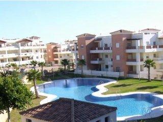 Alquiler de apartamento en Benalmadena junto campo de golf y piscina comun