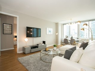 Designer 3 Bed 2 Bath with Doorman, Gym. Near Broadway Shows and Central Park.